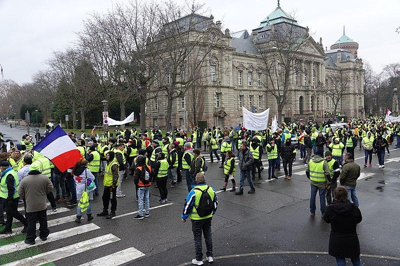 Manifestation des Gilets jaunes à Colmar