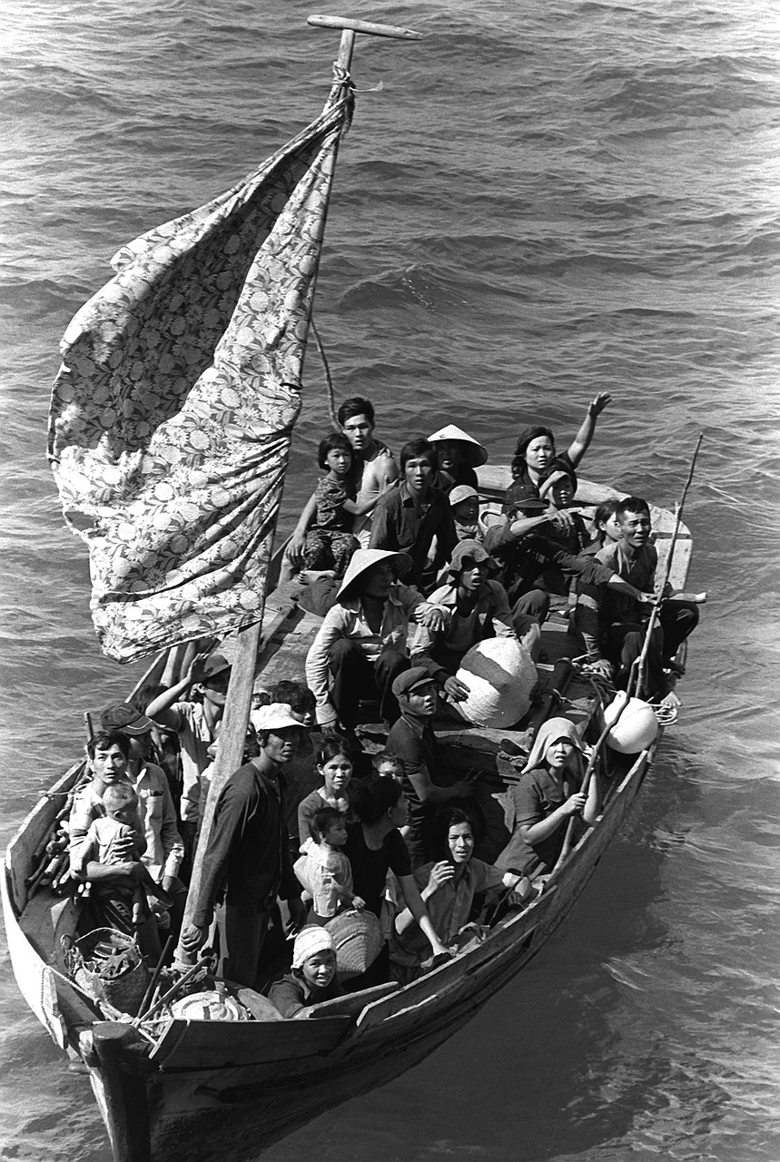 Vietnamiens boat people guerre 1980