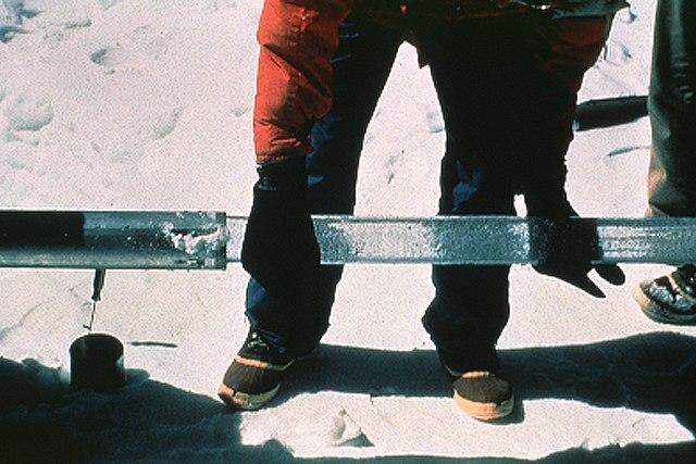 extraction carotte de glace Arctique changement climatique