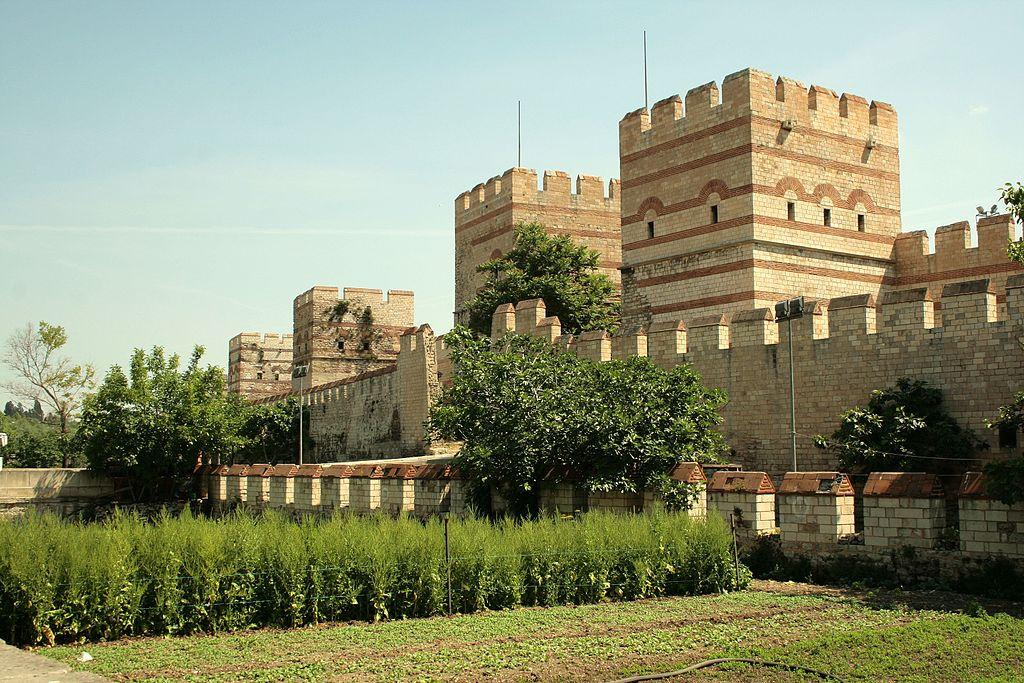 Mur théodosien, fortification de Constantinople - Histoire - 2de - SchoolMouv