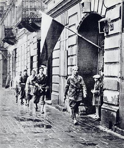 Résistants polonais - insurrection de Varsovie - août 1944- SchoolMouv - Histoire - terminale