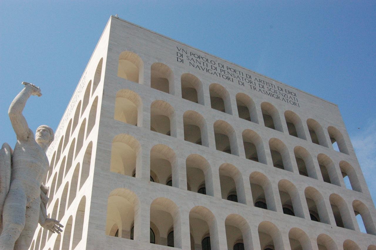 Le Palais de la civilisation italienne, à Rome - SchoolMouv - Histoire - Terminale