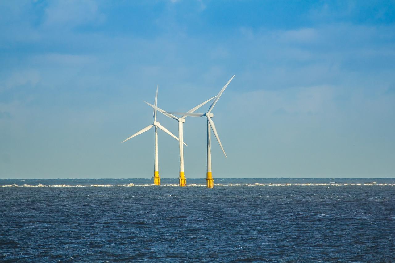 Éoliennes en mer  - SchoolMouv - terminale - géographie