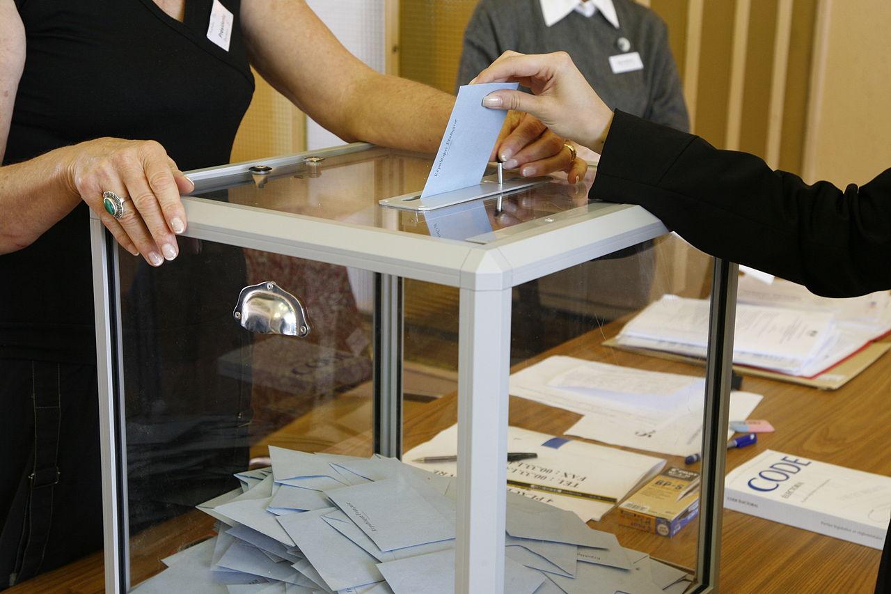 vote bulletin urne